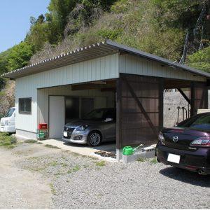 23年築の車庫